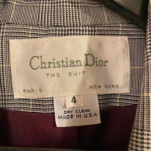AVAILABLE - VINTAGE Dior blazer